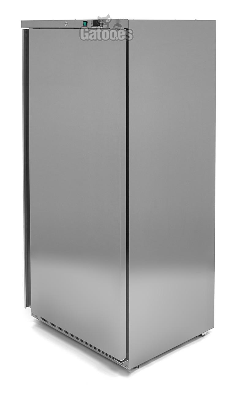 Congelador Vertical Profesional 600 Litros. Alto 187 x Ancho 77 cm.