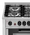 Detalle de la Cocina a gas con 5 fuegos con Horno eléctrico. EKA