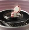 Caramelos en la máquina de algodón de azúcar Retro. Ariete